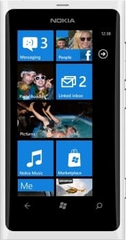 Nokia Lumia 800 (White)
